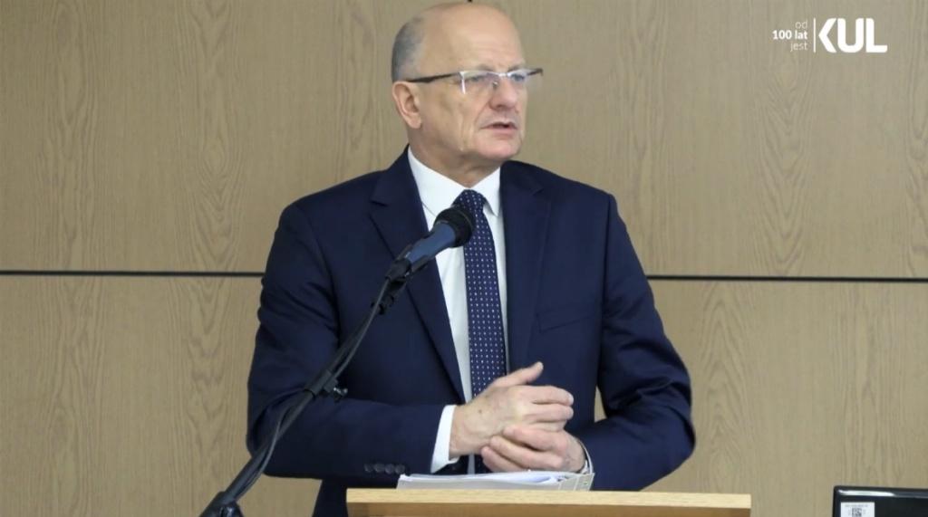 Dr Krzysztof Żuk