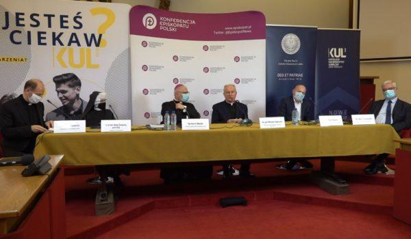 Konferencja Prasowa w Konferencji Episkopatu Polski