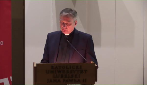 Kościół – państwo – społeczeństwo obywatelskie w służbie rodzin w Polsce